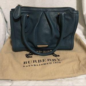 Burberry Purse 👜